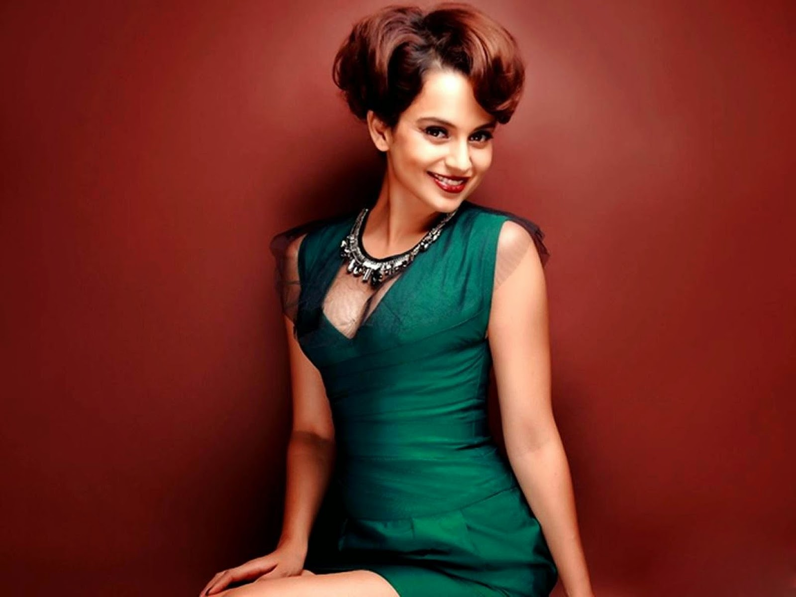 Kangana ranaut high resolution hd bollywood actress cute wallpaper free