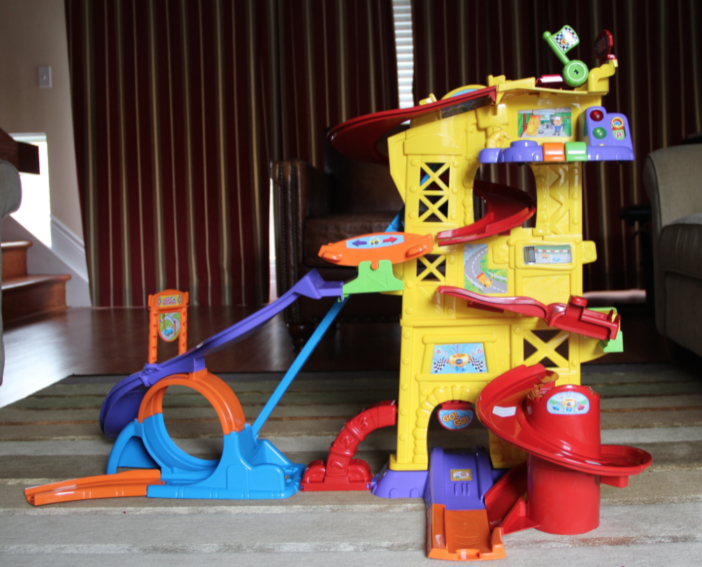 Go! Go! Smartwheels Ultimate Amazement Park Playset by VTech setup