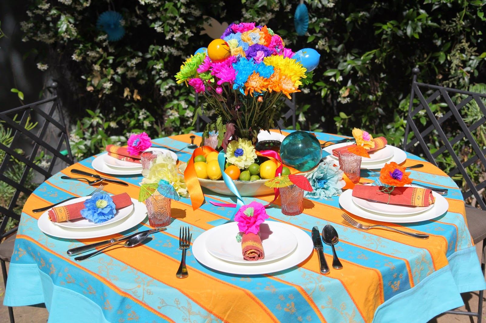 Backyard Dinner Party and Table Decor; Cinco de Mayo Celebration -- Nora's Nest
