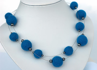 Filzkette Jeansblau - necklace with felted beads and SWAROVSKI Elements