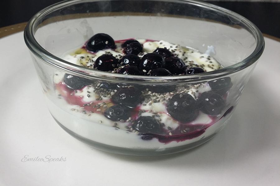 chia-seeds-yogurt