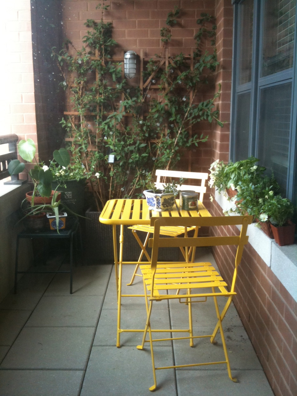 planted cloud: Balcony Landscape - This time with furniture!