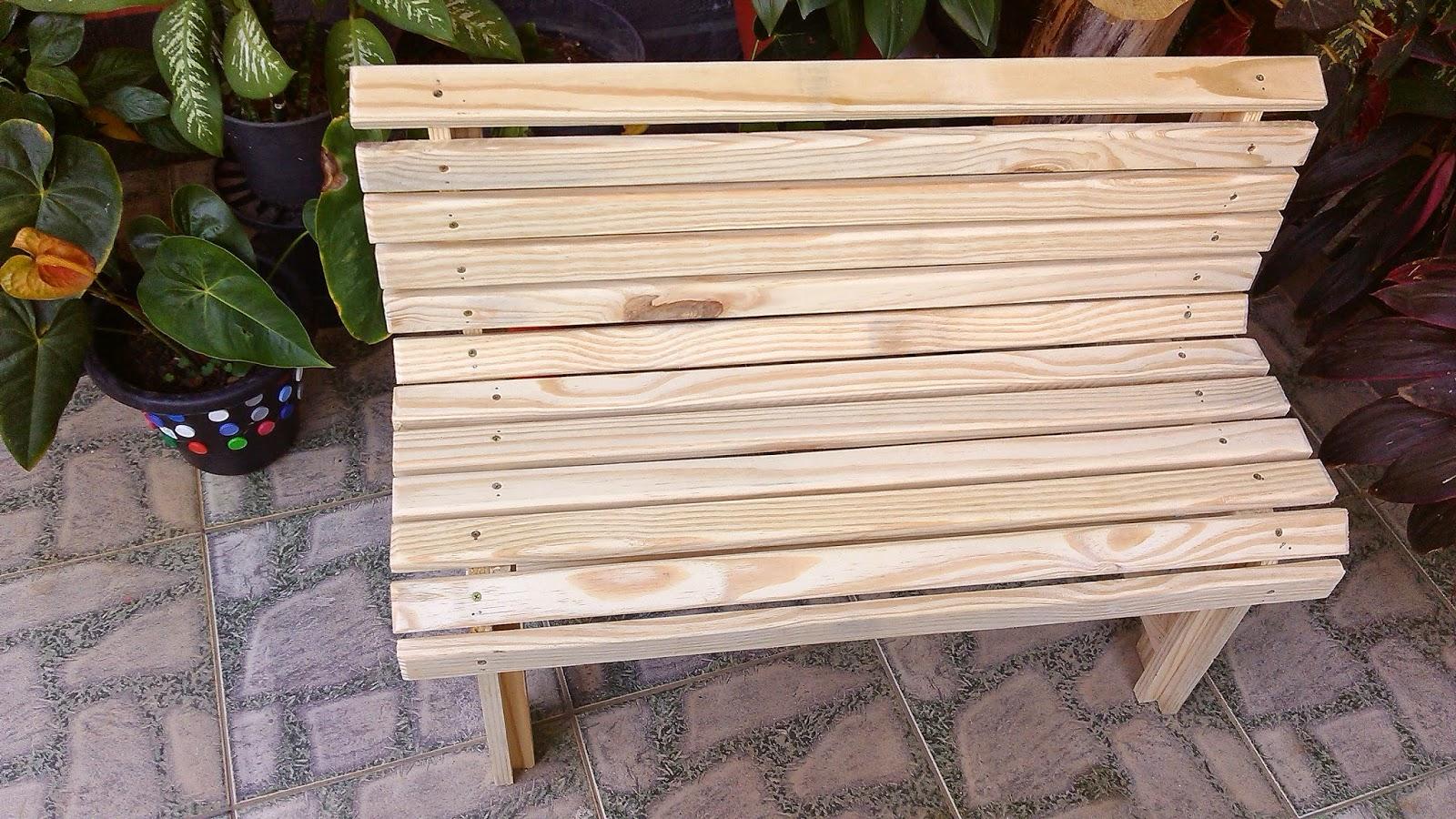 banco feito em madeira pinus banco tipo banco de jardim ou de varanda  #946337 1600x900