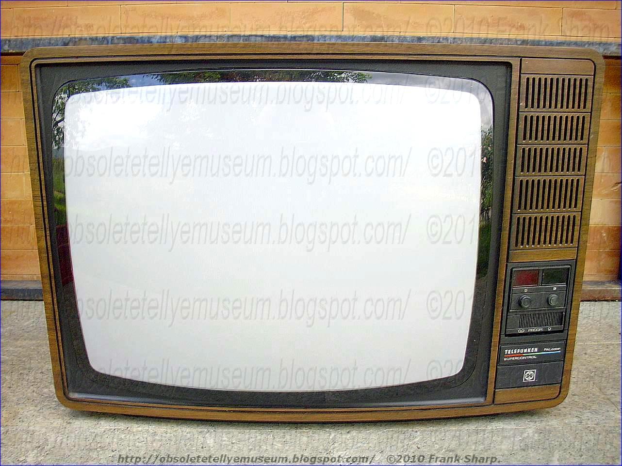 Obsolete Technology Tellye !: TELEFUNKEN PALCOLOR 8838 ...