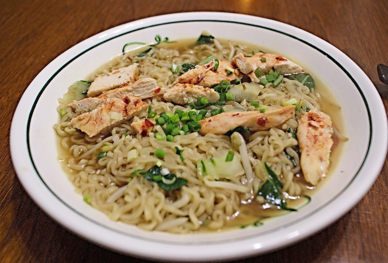 The Hungry Lovers: Chili-Chicken Ramen Noodle Soup