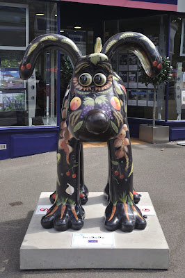 Five a Day Dog Gromit (front view)