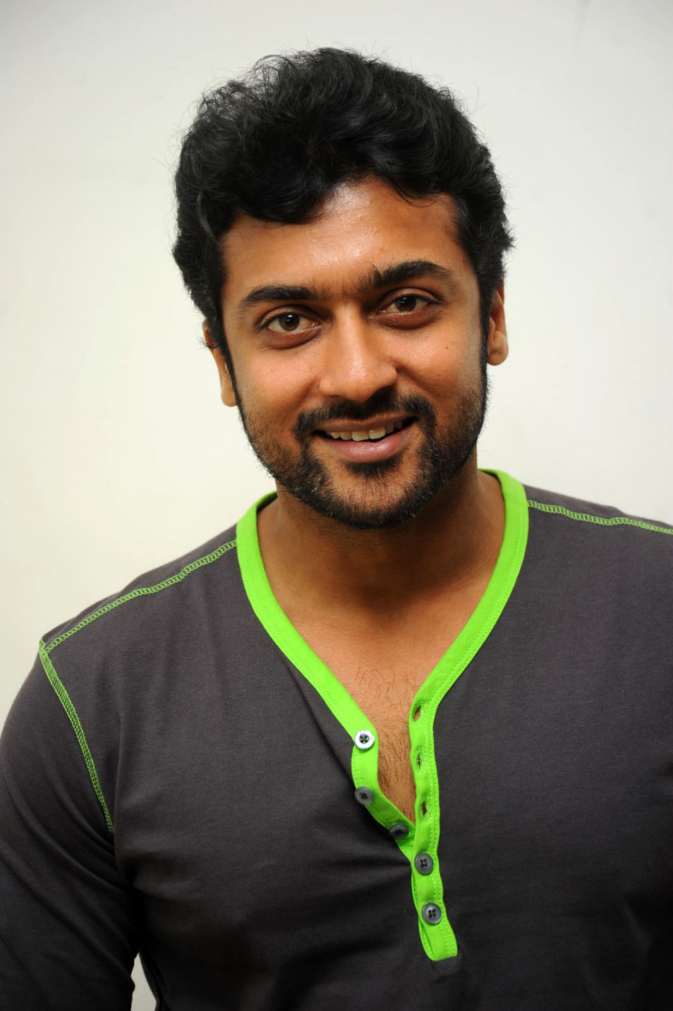 Surya Photos Latest http://teluguclubmovie.blogspot.com/2012/03/surya-pics.html