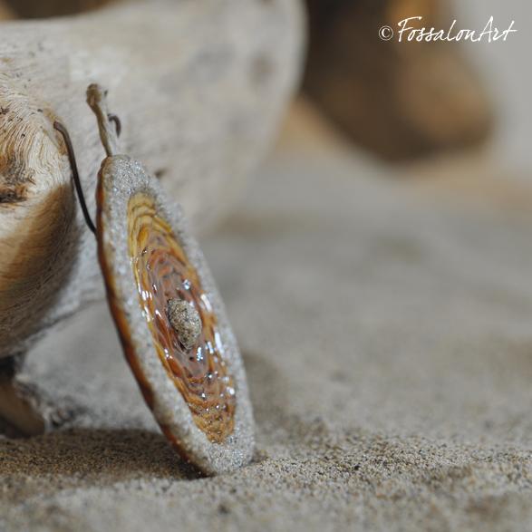 Orecchini in corda sabbia e gommalacca