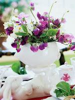 аранжировка пролетни цветя