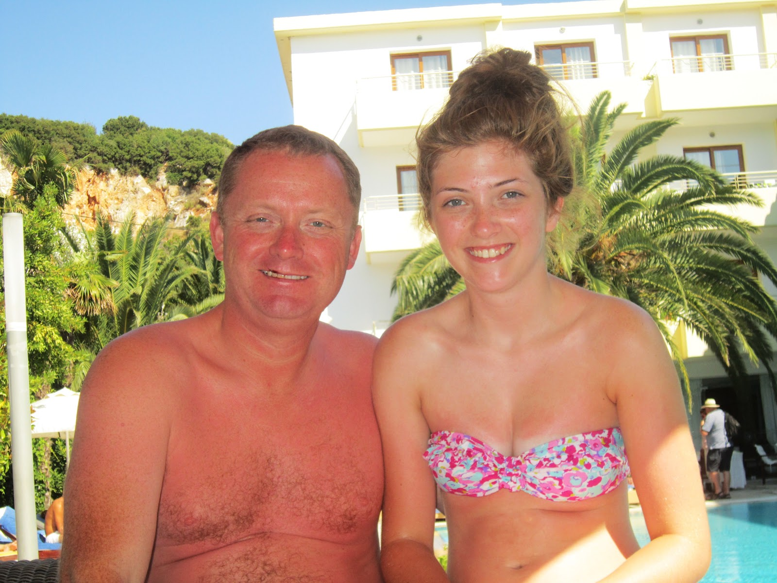 THAT GIRL WITH BROWN HAIR: Summer Holiday: Skiathos, Greece. I Pigged Out For A Week