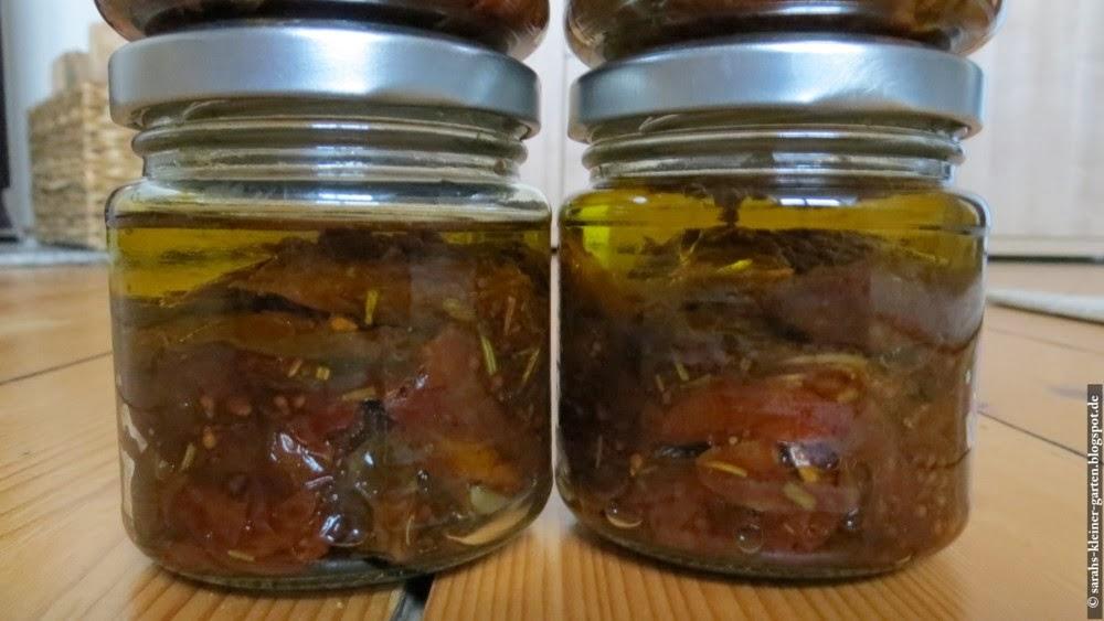 meine kleine welt eingelegte getrocknete tomaten mit piment d 39 espelette. Black Bedroom Furniture Sets. Home Design Ideas