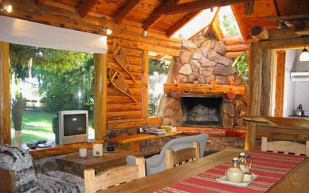 Ski house of the day argentinian log cabin for Terrazas 5 bariloche