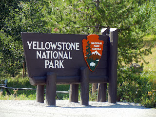 The Yellowstone National Park welcome sign