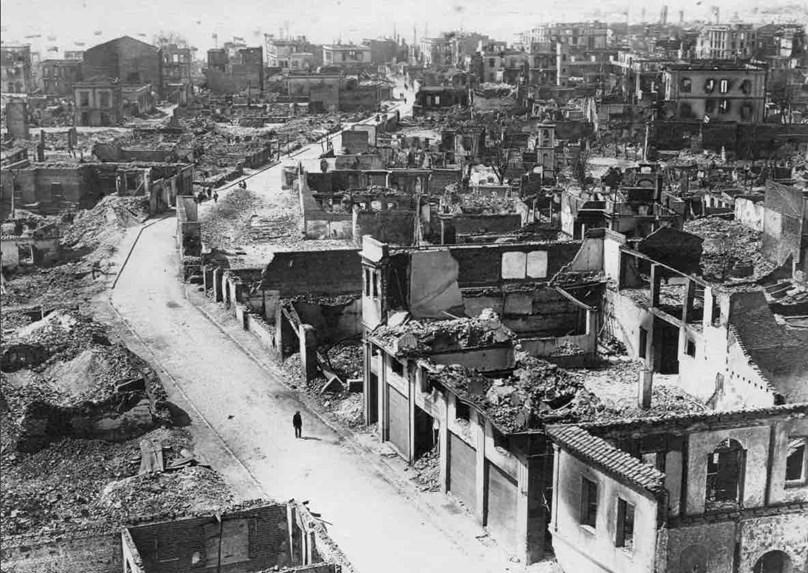 Η ΟΜΑΔΑ PHOTO SHOOTING ΣΤΗΝ ΕΚΘΕΣΗ ΦΩΤΟΓΡΑΦΙΑΣ  '' Το τέλος της παλιάς μας πόλης''
