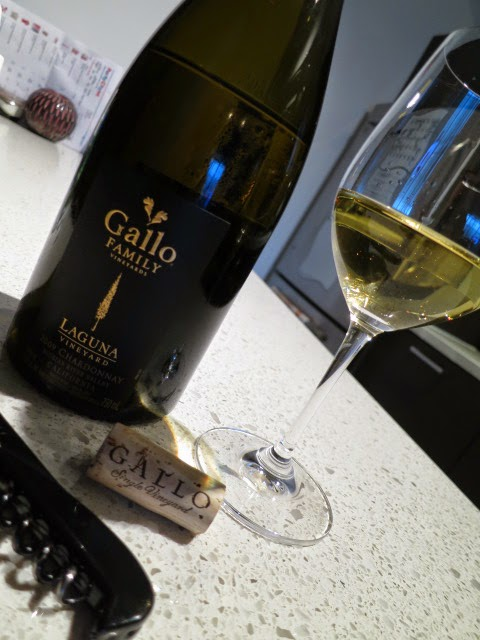 Wine Review of 2009 Gallo Family Laguna Vineyard Chardonnay from Russian River Valley, Sonoma County, California, USA