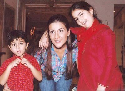 Entertainment World: Saif Ali Khan Wife