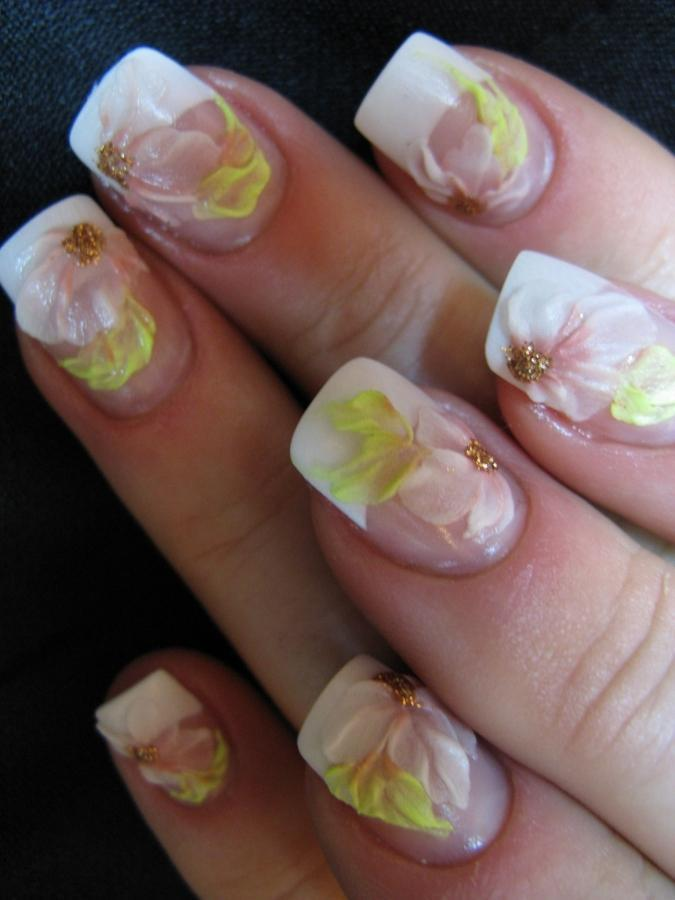 Body Painting Art Gallery and Tattoos: Flowers Nails Art Design 2011