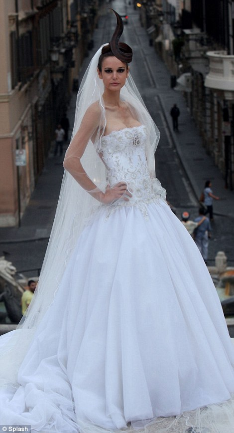 Brides Seeking A Showstopping Dress To Ensure All Eyes Are On Them For Their Big Day Need Look No Further