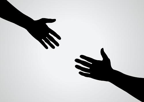Quan tâm tới người khác và bạn cũng sẽ nhận được sự quan tâm từ họ
