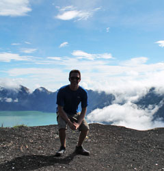 Rinjani Trekking 4 Days 3 Nights Summit via Sembalun
