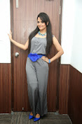 Anasuya latest sizzling photos-thumbnail-18