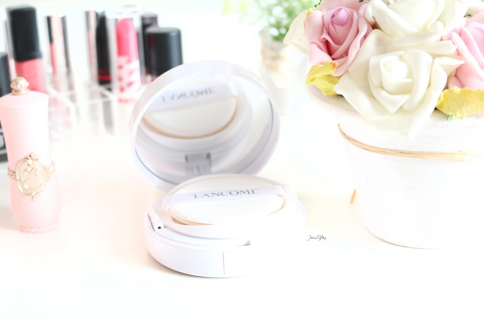 lancome, lancome miracle cushion, foundation, cushion, cushion foundation, review, swatch, limited edition, packaging, lancome, miracle cushion