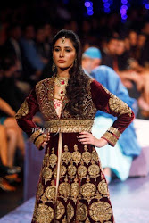 Nargis Fakhri at the grand Finale of Aamby Valley India Bridal Fashion week