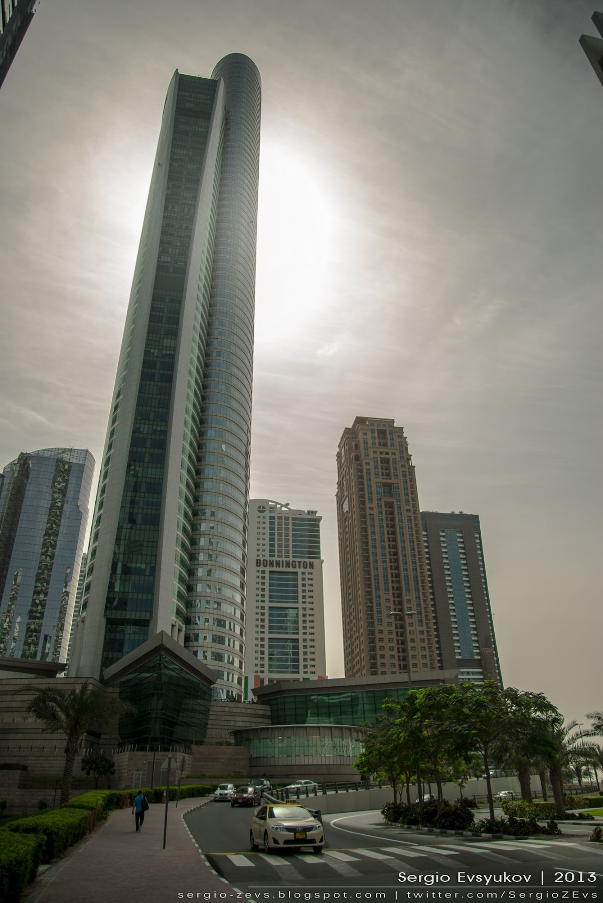 Небоскреб, будущее, Алмазная башня, Diamond Exchange, Almas Tower, тропики, Дубай, пальмы, высотка, отдых, Atkins Middle East,