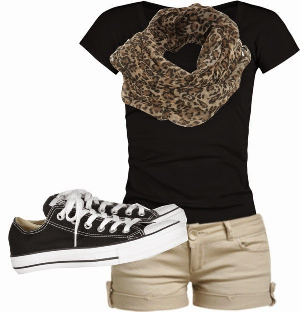 Beige Shorts With Black T-shirt And Leopard Scarf