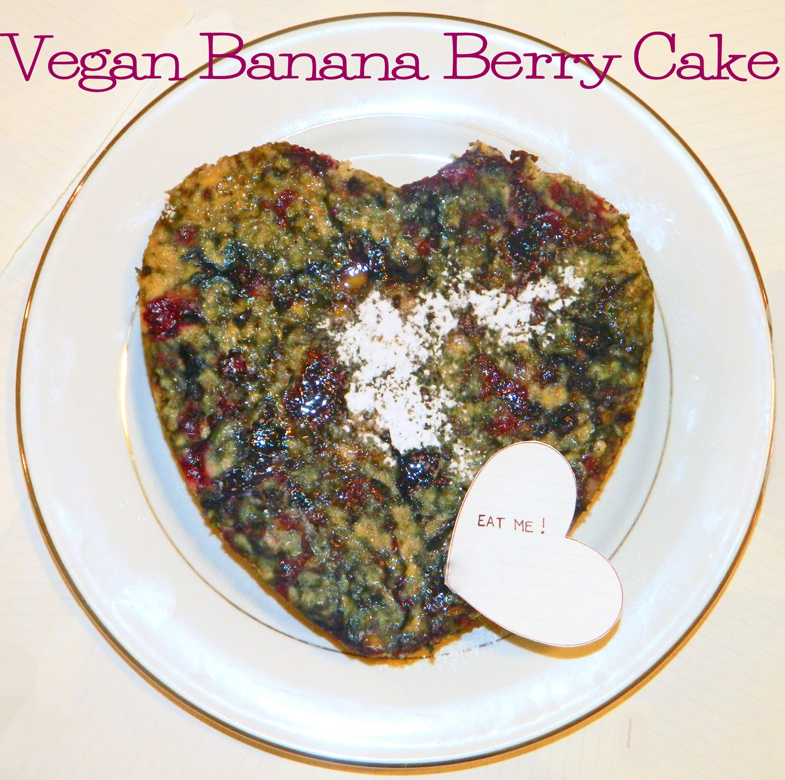 Caravan of Style | Vegan Banana Berry Cake