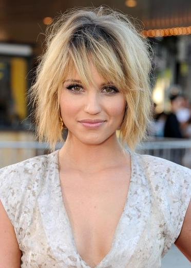 Elegant Many Superstars Are Continuous To Cut Off Their Lengthy Hair For  Chin Grazing Bobs The More Time Demi Bobs Or Lengthy Bobs Collection  Function The Best Bobs ...