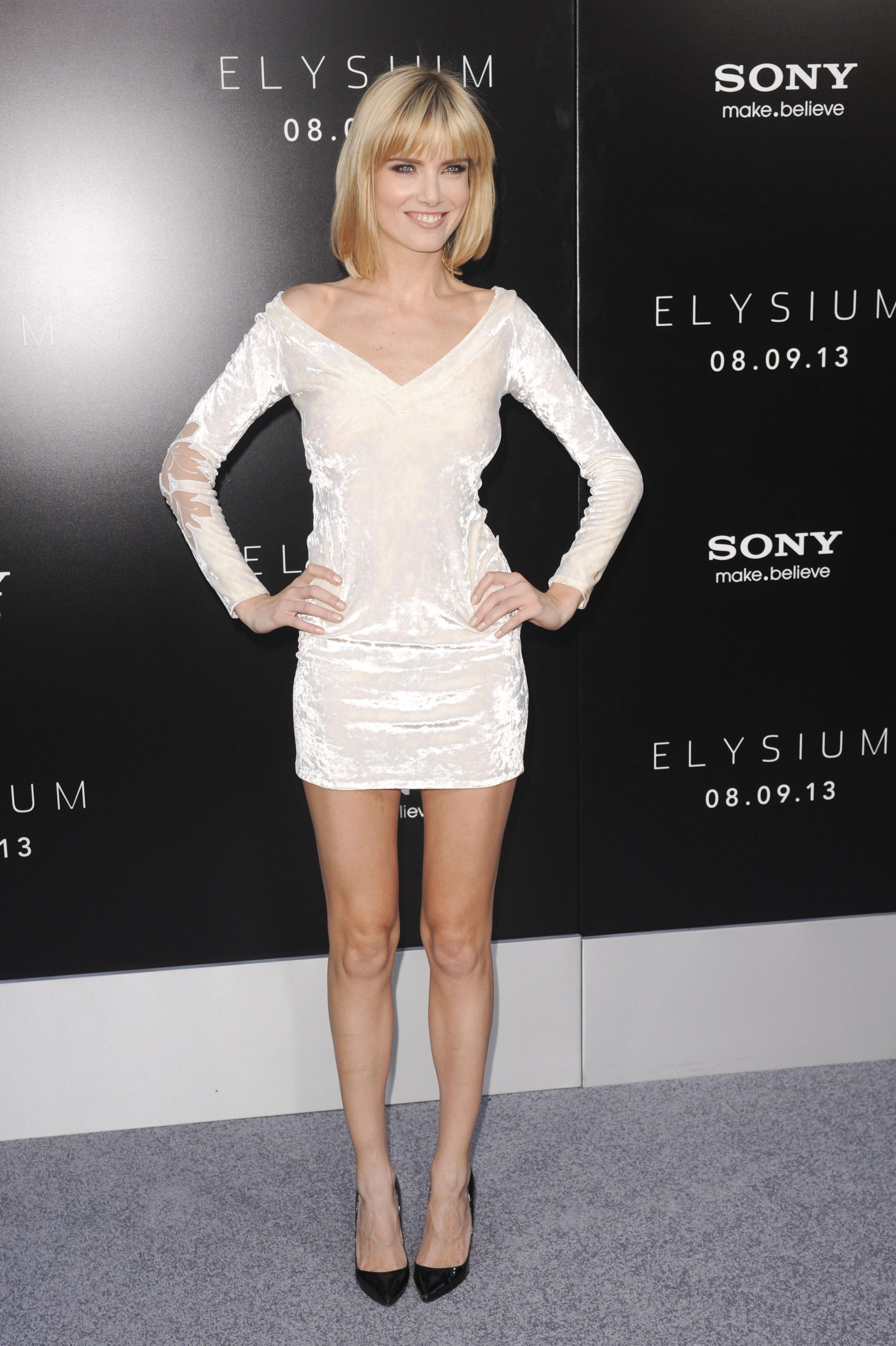 Ann Coulter Legs