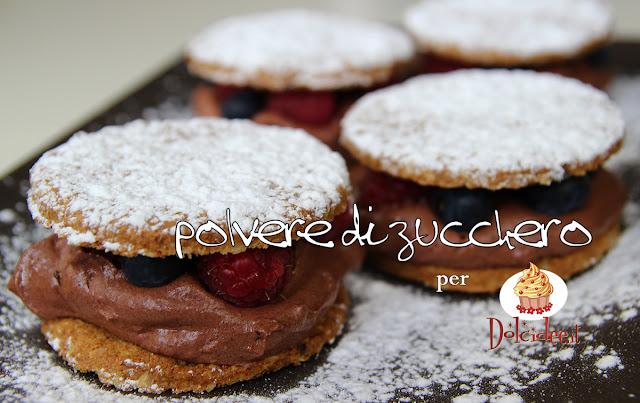polvere di zucchero passo a passo tutorial cameo paneangeli dolcidee biscotti frutti di bosco mousse al cioccolato