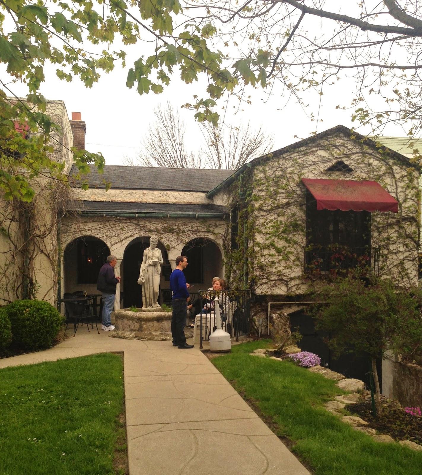 Indianapolis Restaurant Scene: Mama Carolla\'s - Revisit