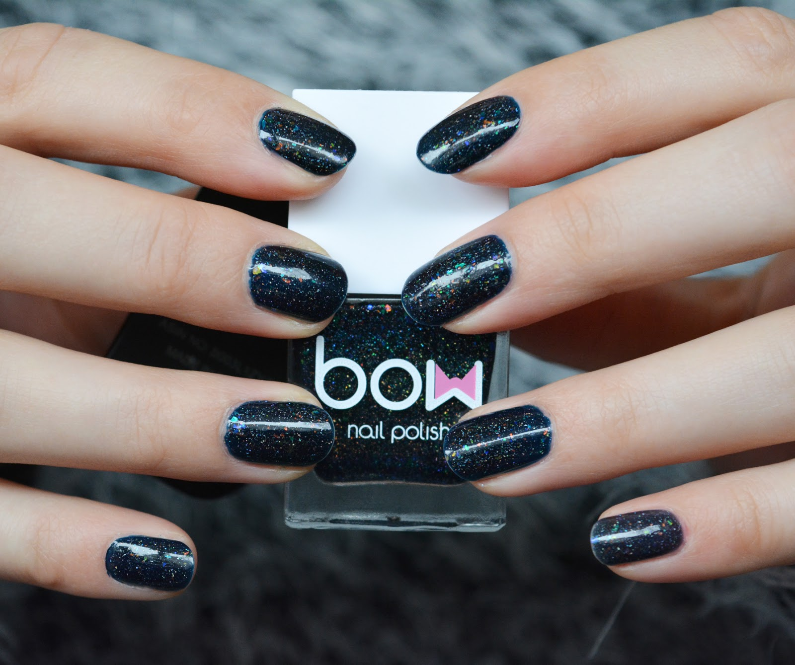 Nagellack] Bow – Dark Days – Frau Ausverkauft