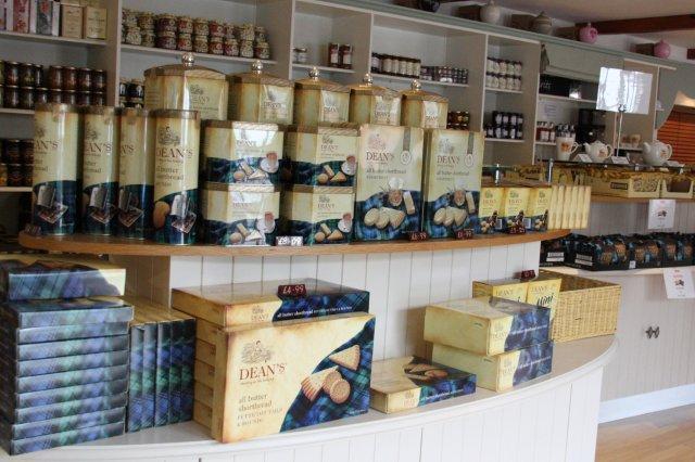 Tienda en la fabrica de shortbread Dean's en Huntly
