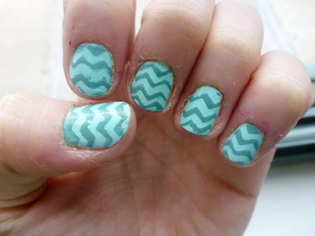 chevron nail art tutorial#