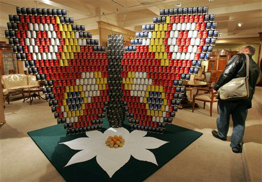 food can 3 - Amazing artwork made of food cans