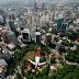 Aksi Nekat di Atas Menara Kuala Lumpur