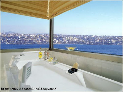 ritz-carlton-istanbul-sea-view-from-bath-bosphorus