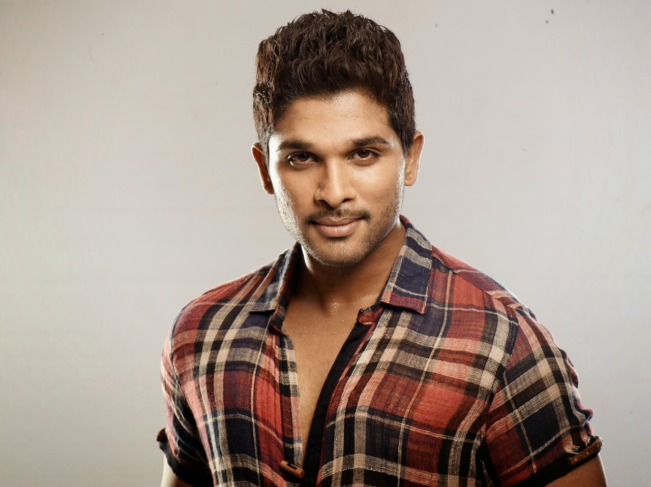 Allu Arjun Wallpapers | Download Free High Definition Desktop ...