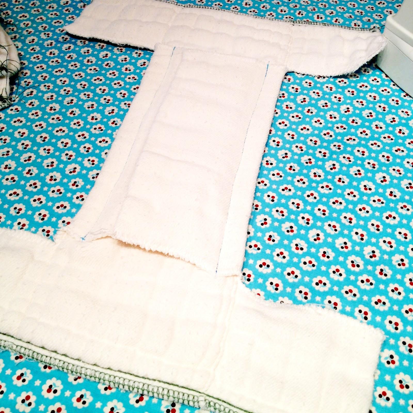 Как сшить подгузники из марли для новорожденных своими руками? 10