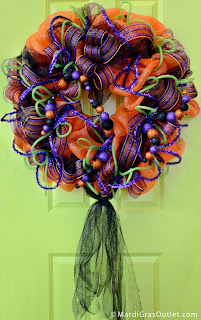 Wreath, Deco Mesh, Poly Deco Mesh, Halloween, DIY, Video Tutorial, Fall Craft, Fall Deco Mesh