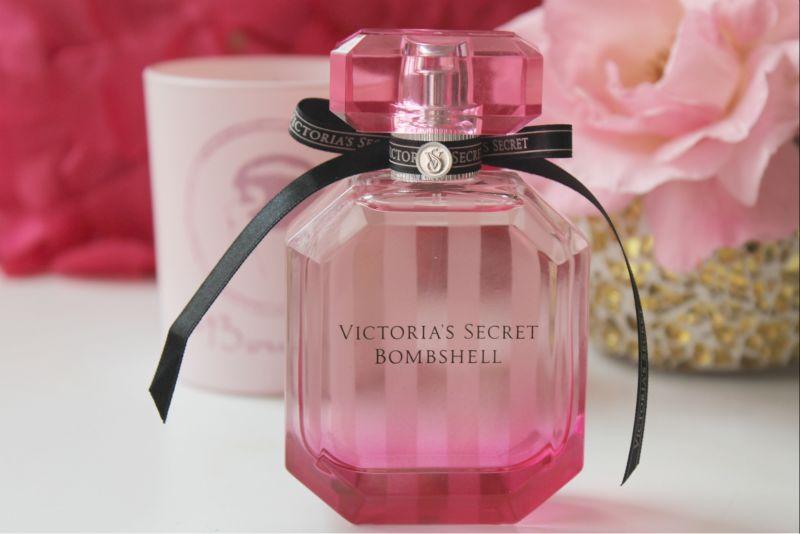 Пшикалки, мазюкалки и прочие девчачьи цацки;) - Страница 3 Victoria%2527s+Secret+Bombshell+Eau+de+Parfum+Review
