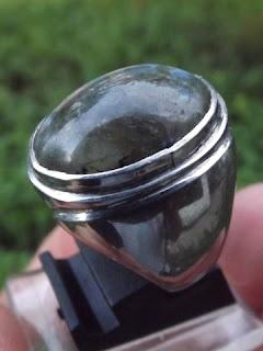 batu labradorite