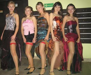 Hot ladies - rs-1066562427-743666.jpg