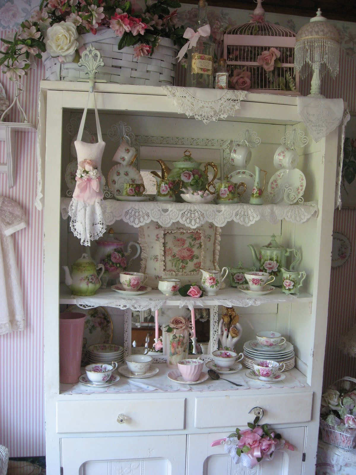 shabby cats and roses re arranging pretties in my cabinet. Black Bedroom Furniture Sets. Home Design Ideas