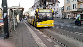 Bus: Fluch und Segen einer Buslinie Mit dem M41 geradewegs zum Psychiater, aus Der Tagesspiegel