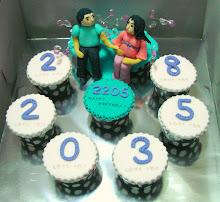 fondant figurine cupcake