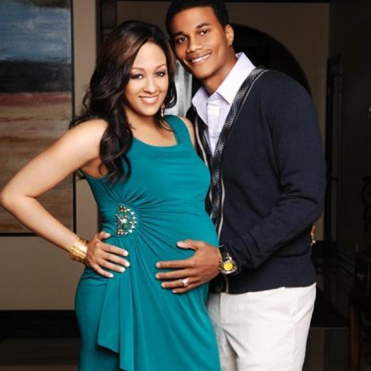 tia mowry pregnant belly. Bump Watch: Tia Mowry Shares